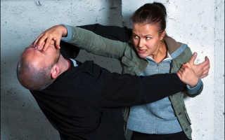 Как можно драться парню с девушкой. Навыки эффективной самообороны для девушек: основные приемы и правила драки