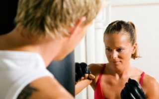 Самооборона для женщин видео уроки. Приемы самообороны для девушек. Приемы самообороны для девушки (фотокомплекс)